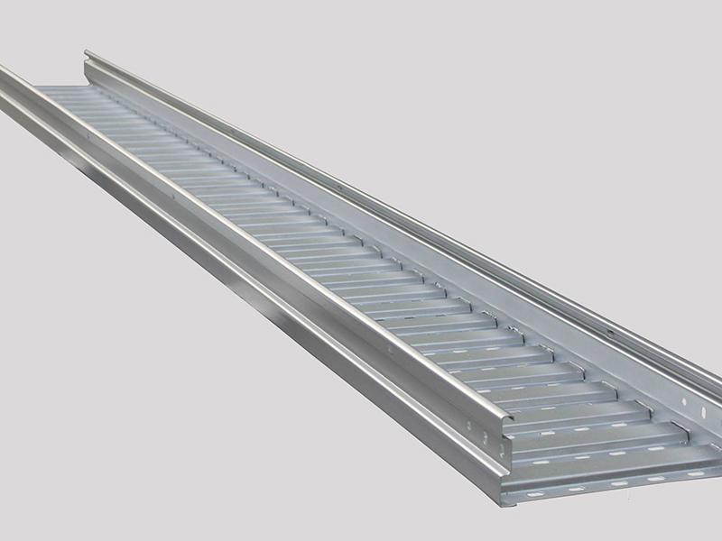 大跨距电缆桥架-001