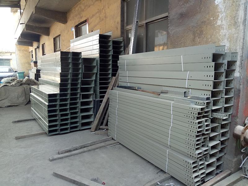 铝合金电缆桥架厂生产有什么产品?
