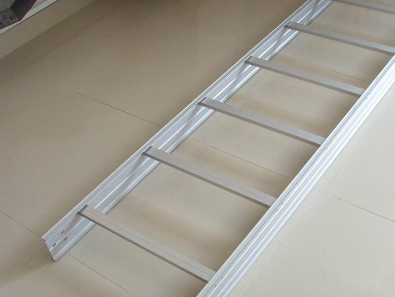 建筑物内部如何选择合适的电缆桥架?